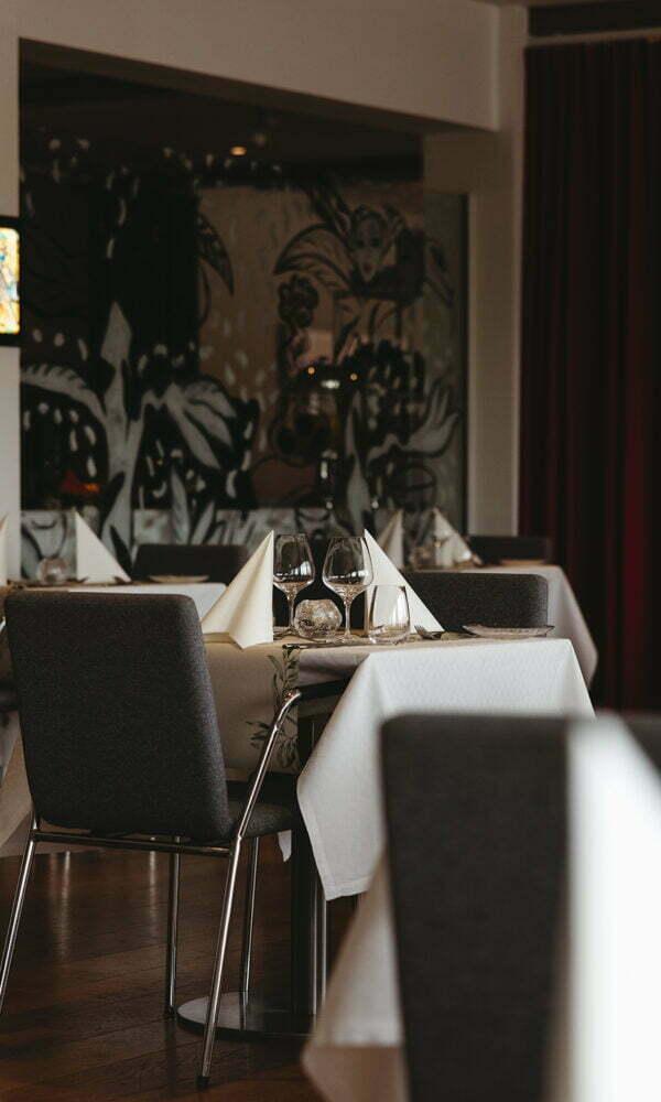 Linnea art Restaurant (2)